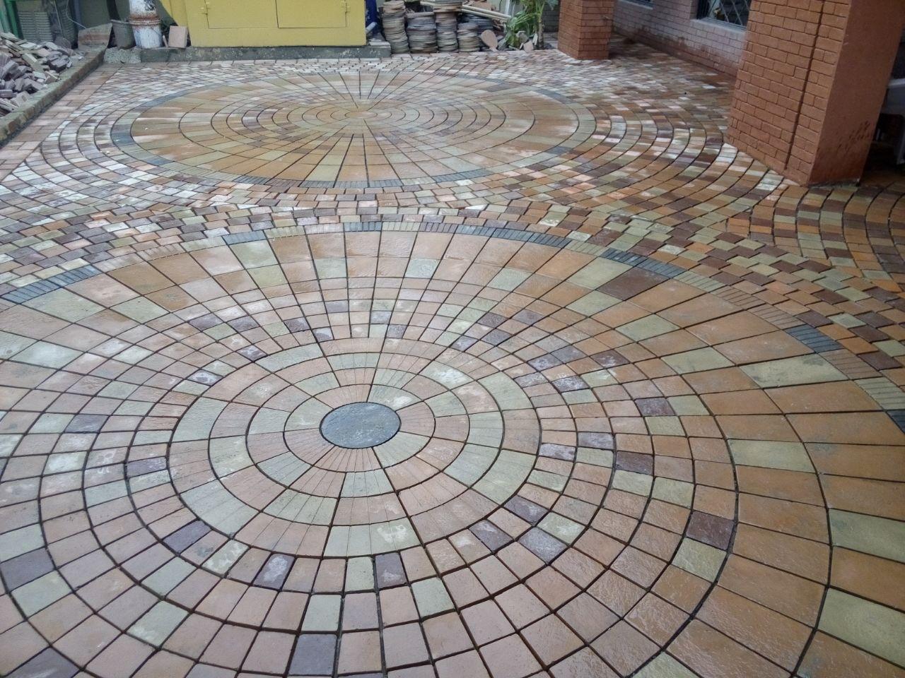 Circle Tiles Circle Landscape Paving Tiles Patio Designs Cheap Pavers