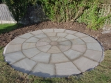 garden-landscapes-pavers-circle-tiles-images