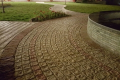 garden-sidewalk-landscapes-pavers-circle-tiles-custom-range-products