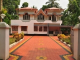 beautiful-corridor-walkway-concrete-pavers-tiles-desings-images