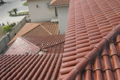 16-glazed-tile-roof-home-designs-ideas-pictures-remodel-and-Decor