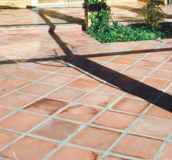 Square tiles 4 4 1 pak clay tile pakistan for Roof and floor