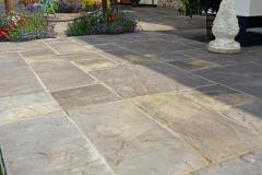 garden-landscaping-stone-effect-tiles-patio-pavers-slabs-range-photos