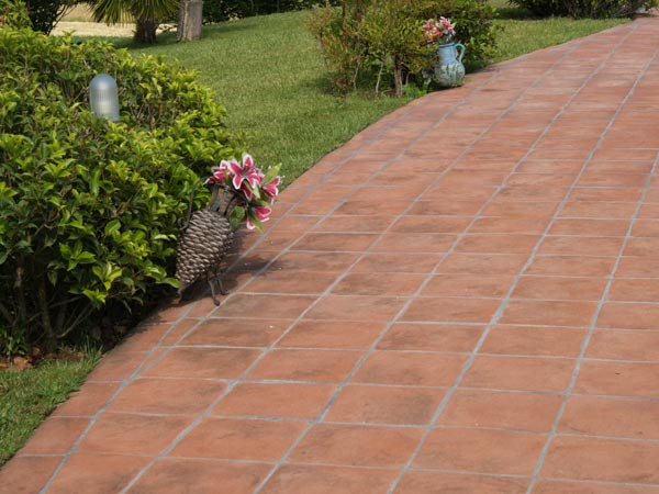 Outside Landscape Garden Area Floor Tile Shop near me – Pak Clay ...
