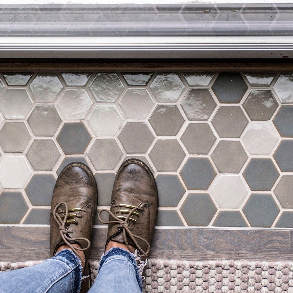 7 Hexagon Glazed Grey Colors Kitchen Floor Tiles Pattern