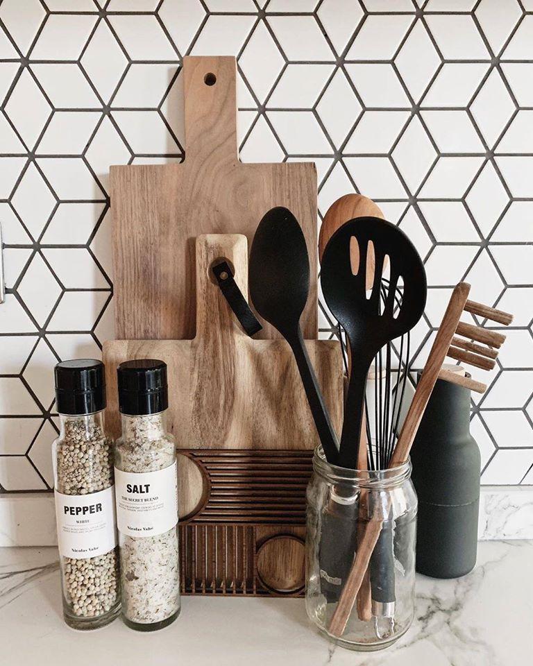 Kitchen wall ceramic multani tiles in karachi