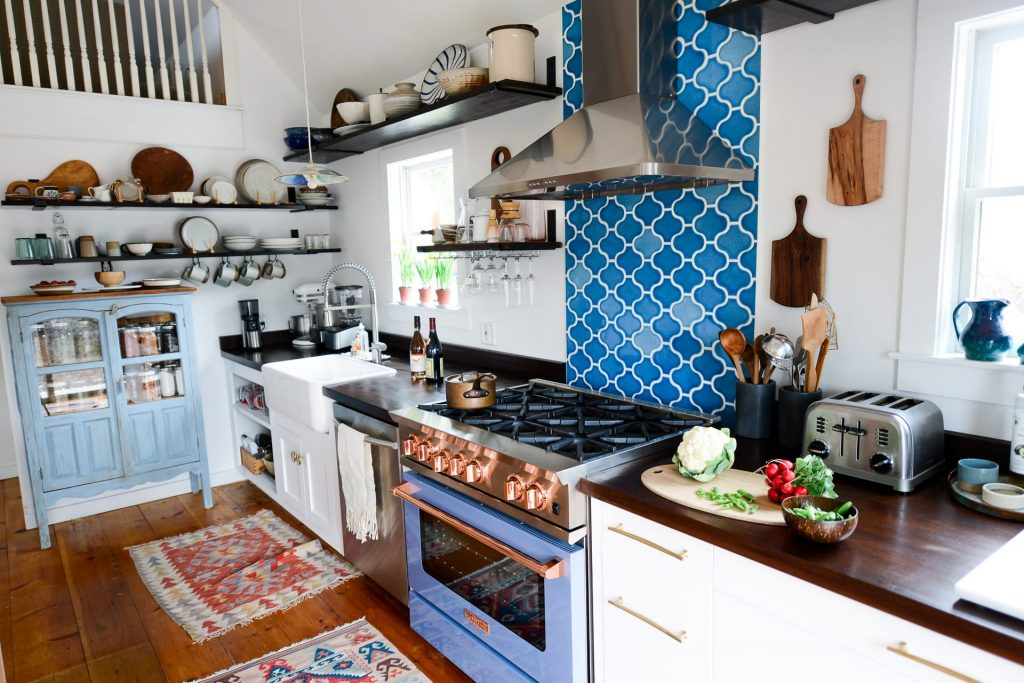 12 Handmade Kitchen Wall Tiles in Pakistan