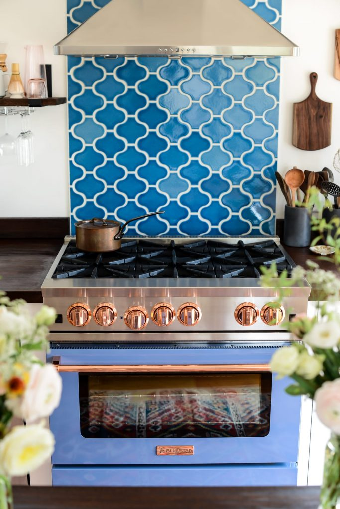 7 Handmade Ceramic Kitchen Tiles in Pakistan