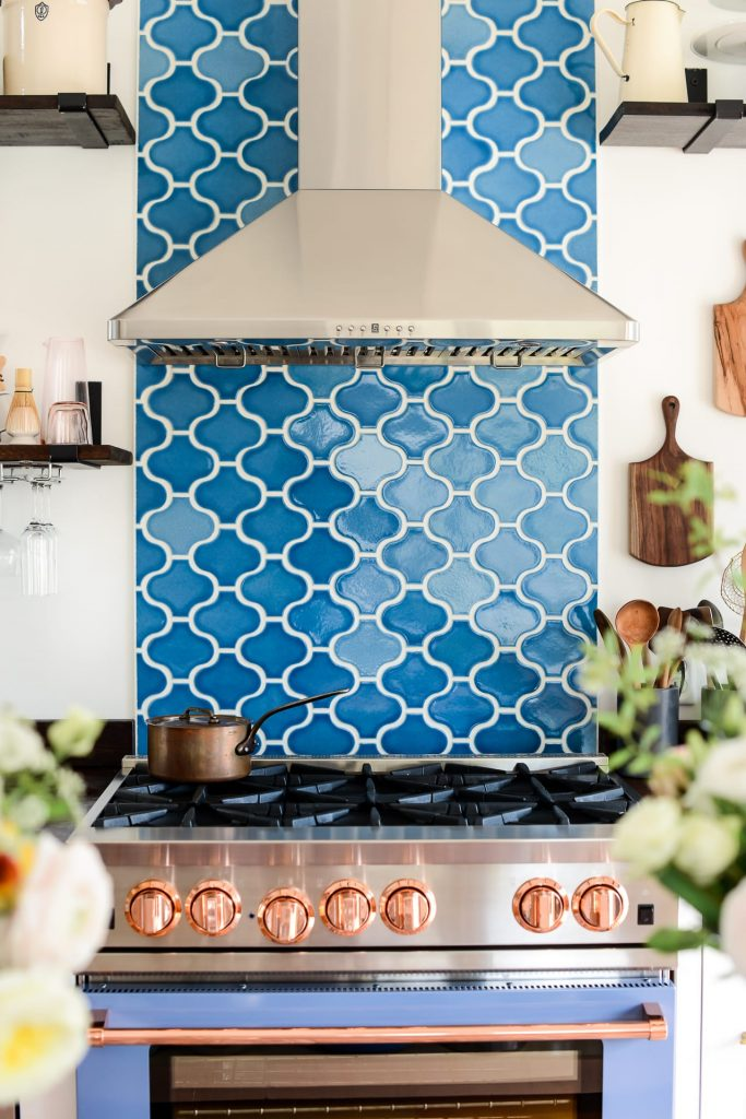 8 Handmade Kitchen Ceramic Tiles in Pakistan